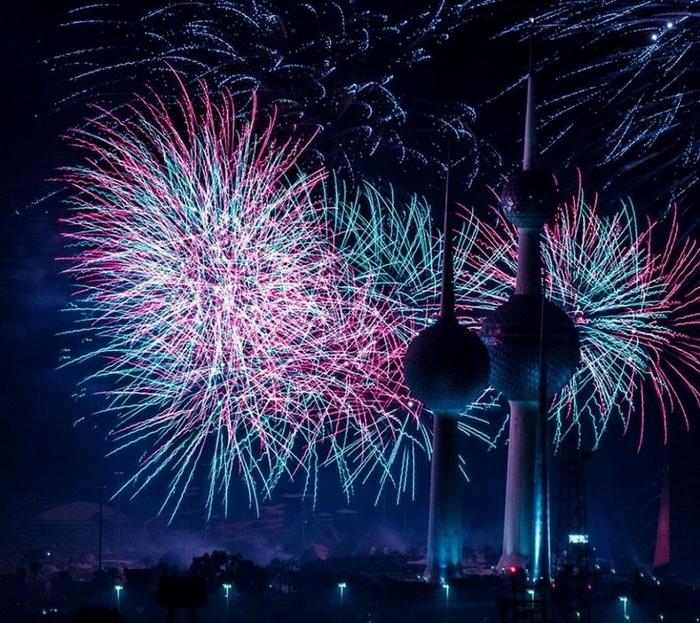 Грандиозный фейерверк в Кувейте