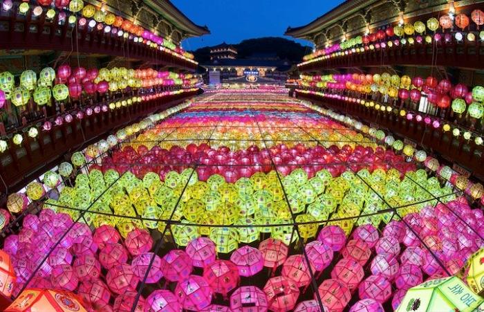 День рождения Будды - фестиваль Lotus Lantern в Корее