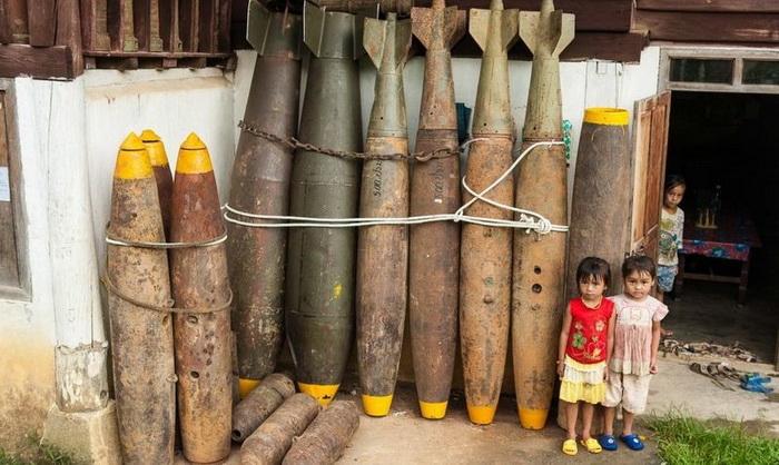 Бомбы - желанная находка для лаосцев