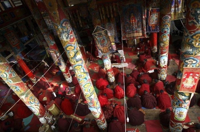 Институт Larung Gar - крупнейший центр по изучению буддизма в мире