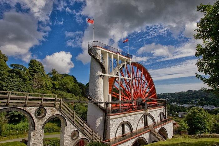 Самая большая в мире водяная мельница в деревне Laxey
