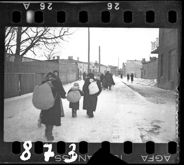 Архивные фотографии из Лодзинского гетто от Генрика Росса.