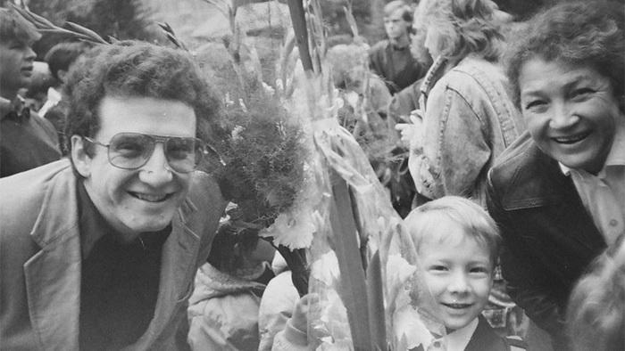 Дима Кретов с родственниками.