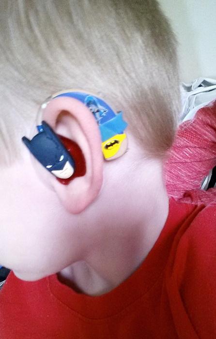 Крутые супергерои на слуховых аппаратах