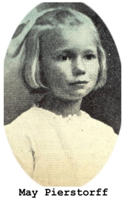 Портрет Майи Пирсторф, которую родители отправили по почте к бабушке.