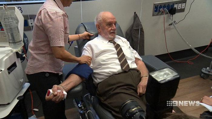 Джеймс Харрисон в последний раз в роли донора.