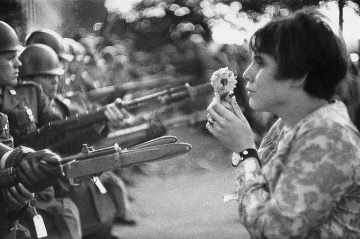 Поход на Пентагон, акция протеста против Вьетнамской войны. Вашингтон, 21 октября 1967 года