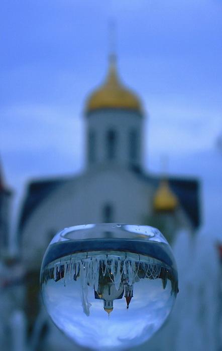 Отражения и волшебные шары: замечательные работы московского фотографа Mariya-Luiza