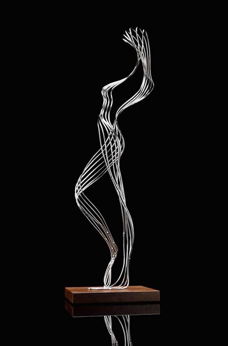 Абстрактные скульптуры Мартина Дебенгама.