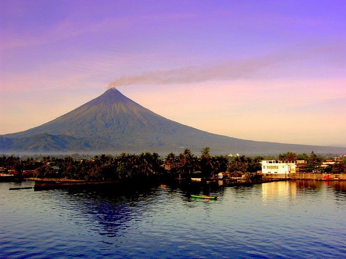 Вулкан Майон на Филиппинах