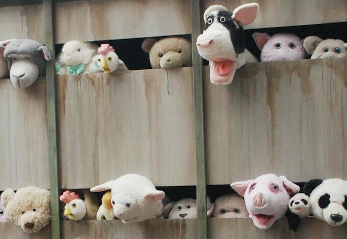 В грузовике можно увидеть 60 плюшевых игрушек