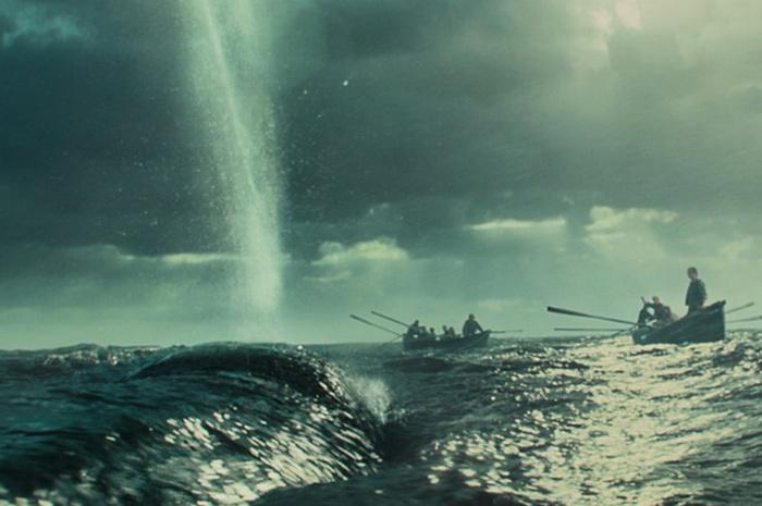 Настоящая история Моби Дика: кадр из фильма *В сердце моря*