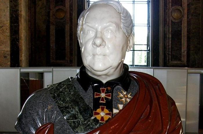 Бюст Огюста Монферрана в Исаакиевском соборе. Фото: commons.wikimedia.org