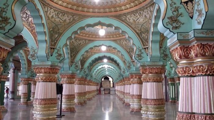 Майсурский дворец - жемчужина индийской архитектуры