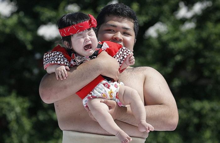 Чем громче плачет ребенок, тем здоровее вырастет