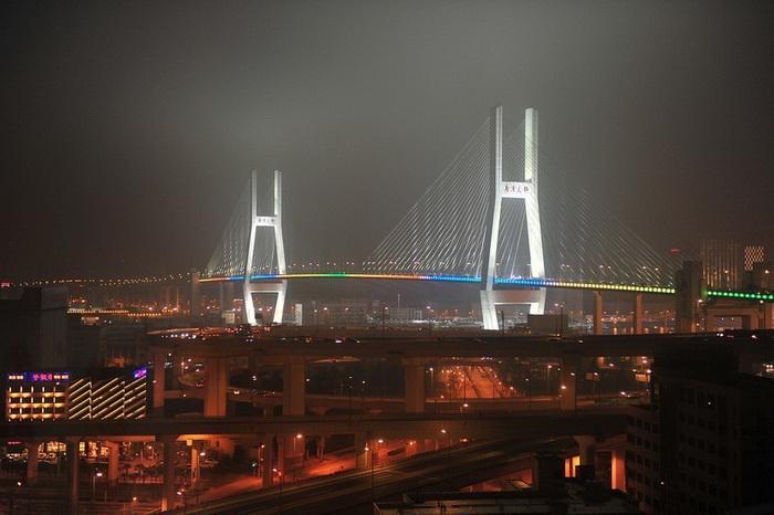 Мост Нанпу - один из первых вантовых мостов в Китае