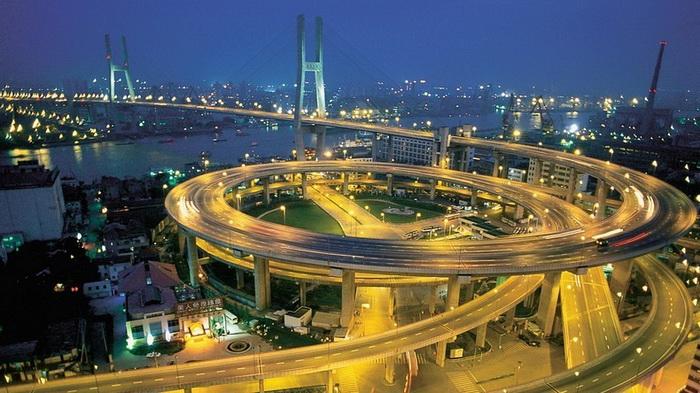 Мост Нанпу - одна из достопримечательностей Шанхая