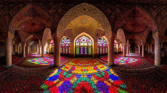 Мечеть Насир аль-Мульк (Шираз, Иран)