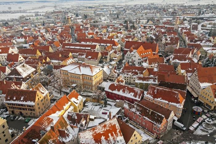Нёрдлинген прекрасен во все времена года.