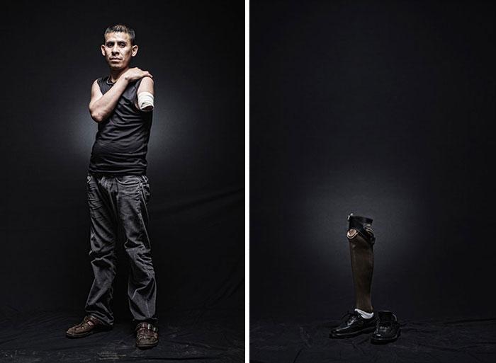 Армандо Эль Сальвадор. Был снят с грузового поезда в Баха-Калифорнии, при повторной попытке запрыгнуть в вагон на ходу, попал под движущийся состав и потерял руку. Надеется получить статус беженца