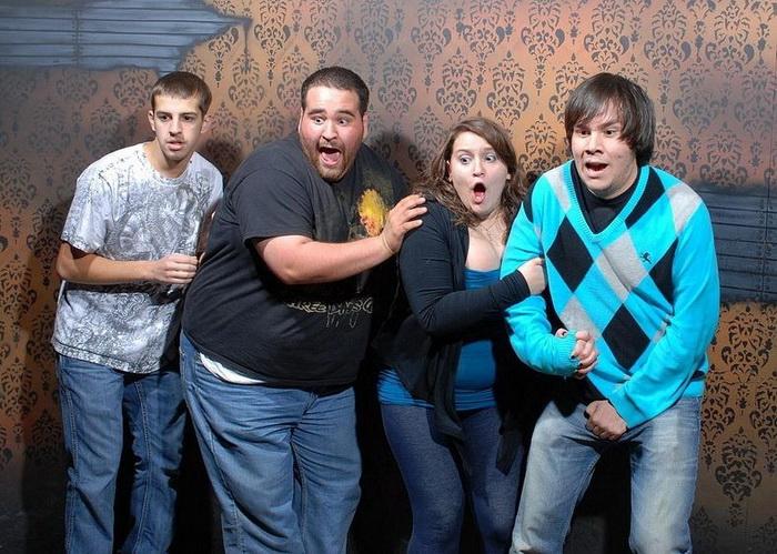 Неподдельные эмоции посетителей комнаты страха Nightmare's Fear Factory