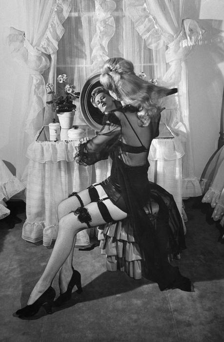 Сексуальный образ, 1948 год