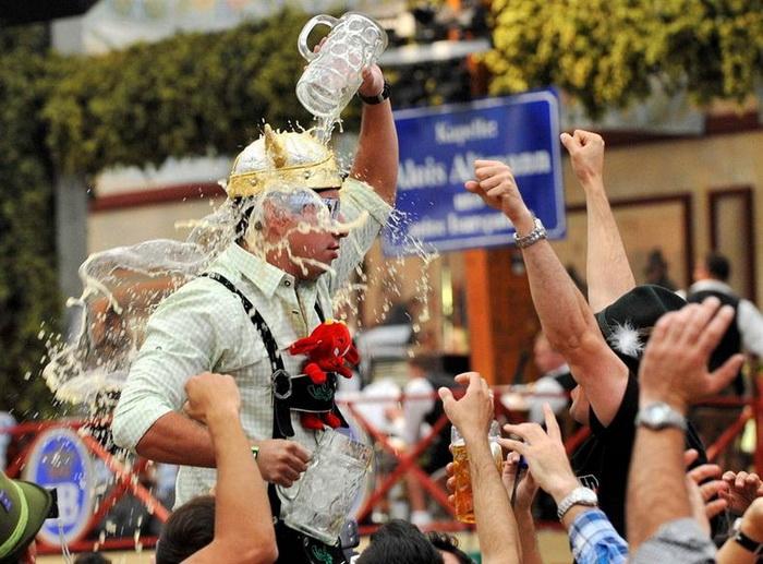 Октоберфест-2012: яркий и эмоциональный пивной фестиваль