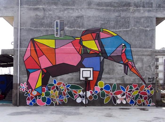 Стрит-арт в стиле оригами от художника Daas (Катманду, Непал)