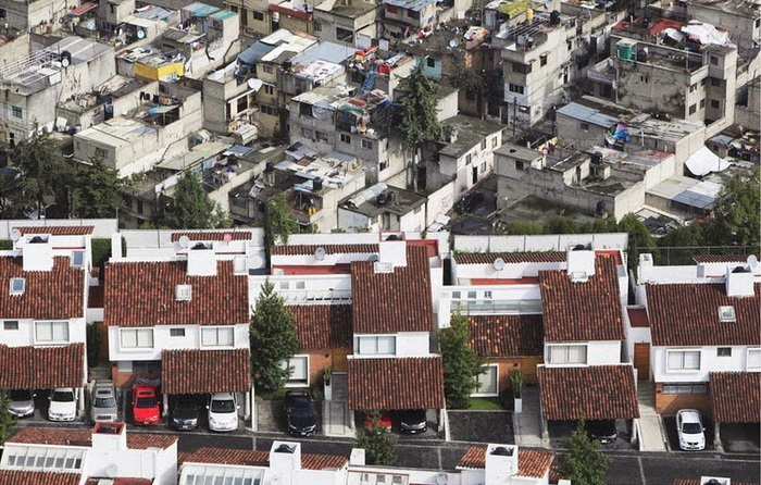 Богатые и бедные: фотографии от Оскара Руиса (Oscar Ruiz)