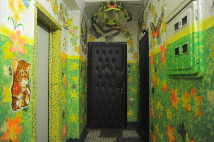 Яркая палитра вместо унылых серых красок: необычные рисунки Дмитрия Бочкарева