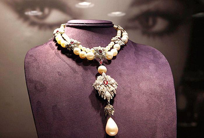 Роскошное ожерелье с жемчужиной Перегрина.