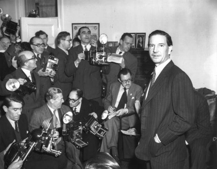 Ким Филби на пресс-конференции в Вашингтоне. 8 января 1955