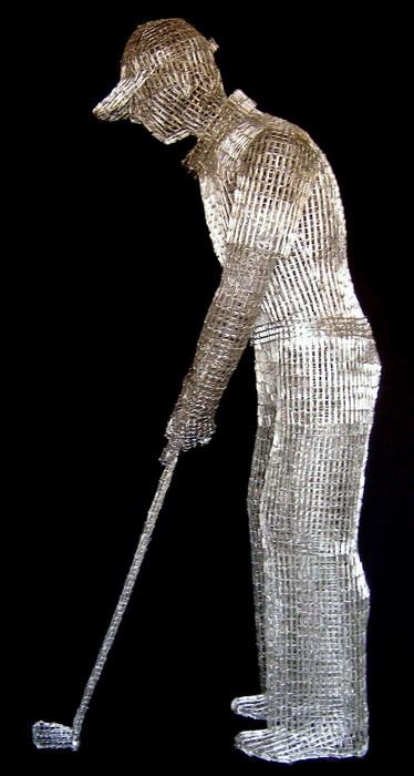 Скульптуры из скрепок от Pietro D'Angelo