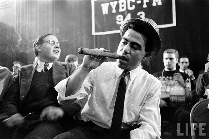 Курильщик с сигарой