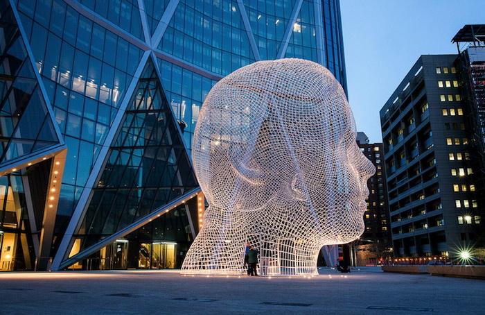 Wonderland - новая работа испанского скульптора Жауме Пленсы