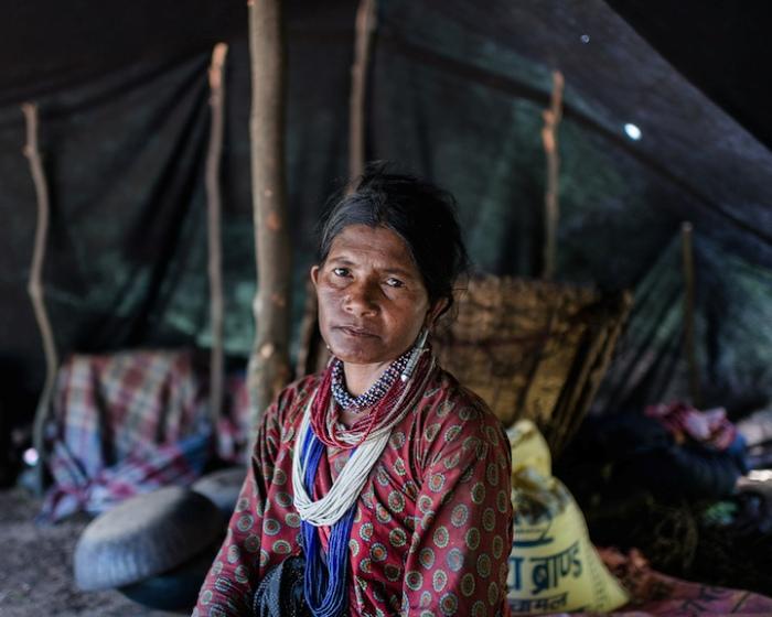 Портрет женщины из племени рауте