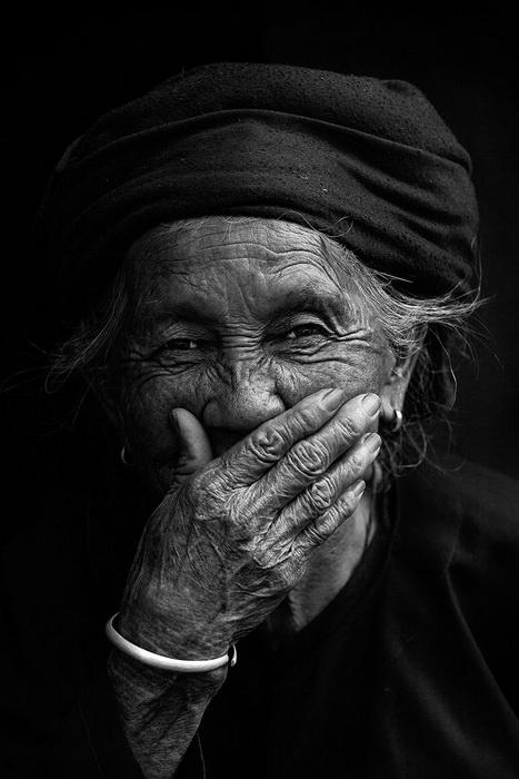 Hidden Smiles: фотоцикл от Rehahn