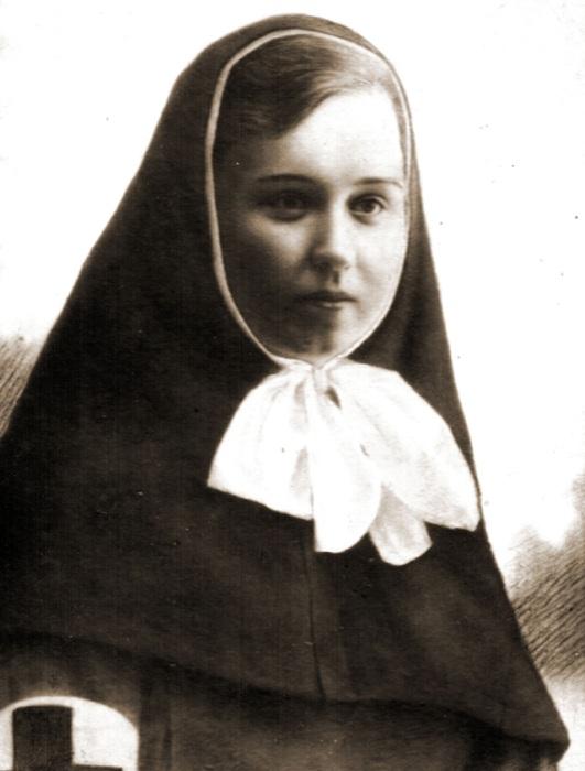 Портрет сестры милосердия Риммы Ивановой   Фото: xx-centure.com.ua