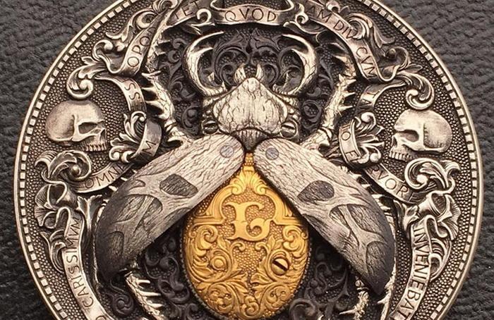 *Золотой жук* - монета с секретом от Романа Бутина.