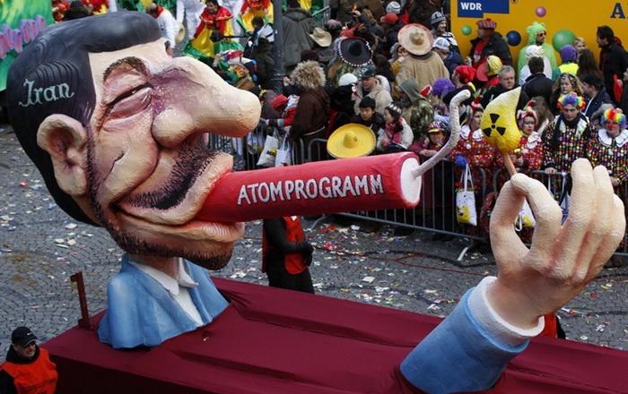 Куклы из папье-маше на карнавале Rosenmontag: Президент Ирана