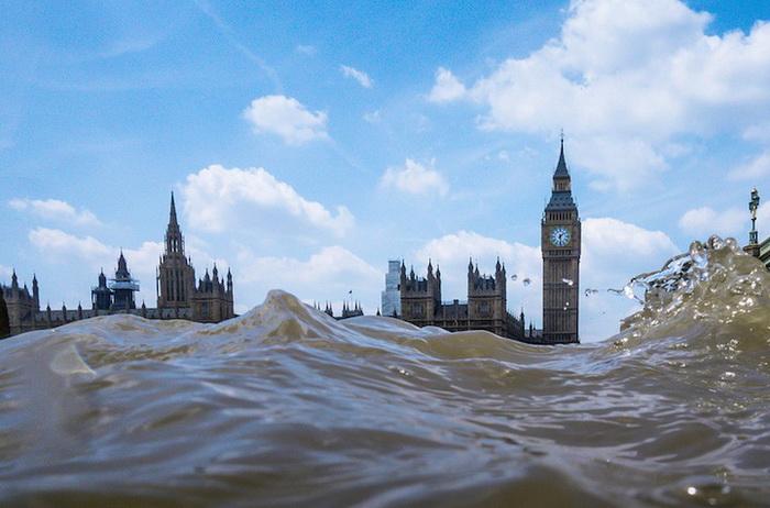 Затопленный Биг-Бен в фотопроекте Руперта Джордана