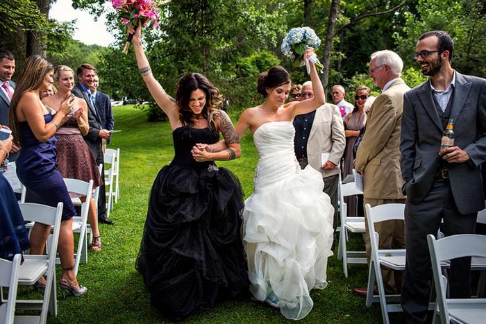 Свадебные фотографии влюбленных пар нетрадиционной ориентации