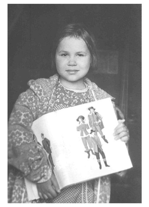 Саша Путря прожила всего 11 лет, но создала множество рисунков.