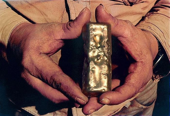 Добыча золота в Серра Пелада. Фотограф Себастьян Салгадо