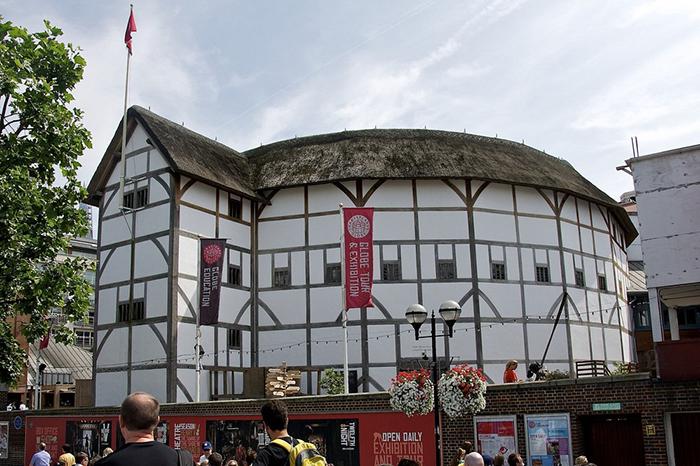 Современный театр «Глобус» в Лондоне.