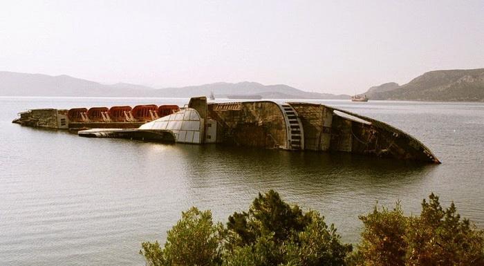 Затонувший круизный лайнер «Mediterranean Sky»