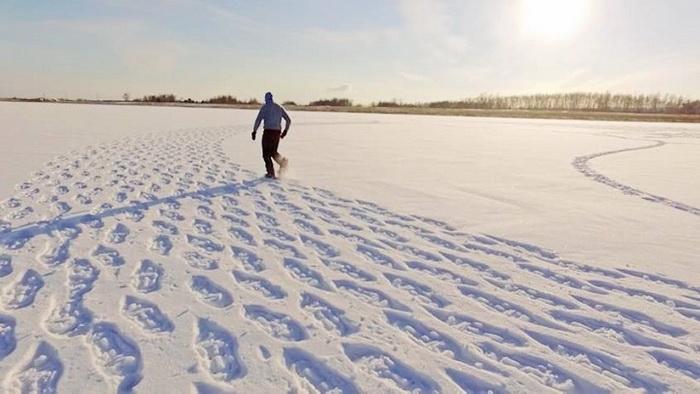Из тысяч шагов по снегу рождаются шедевры