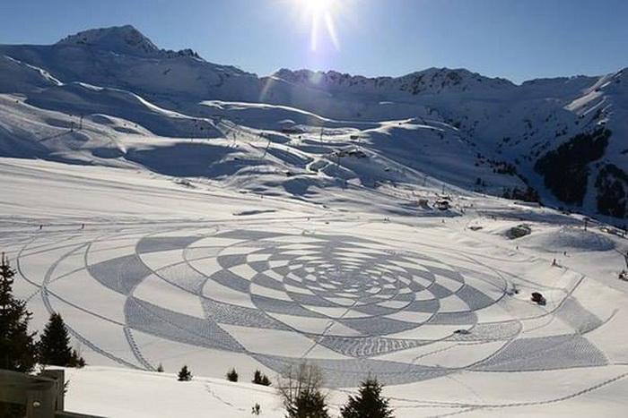 Снежные рисунки от Саймона Бека