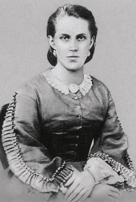 Портрет Анны Сниткиной