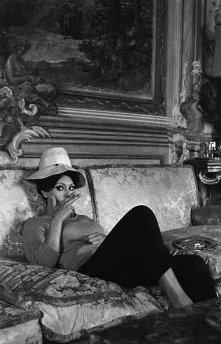 Софи Лорен на итальянской вилле, 1964 год